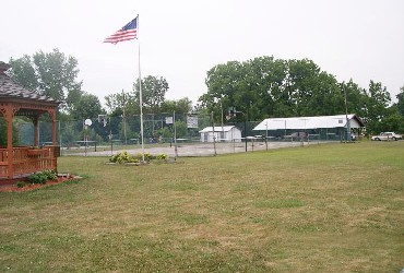 comm_park_tenniscourts